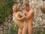 Outdoor squirting blonde